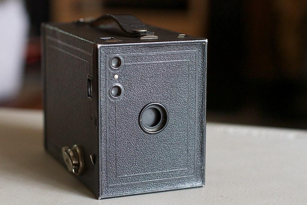 دوربین Brownie 2